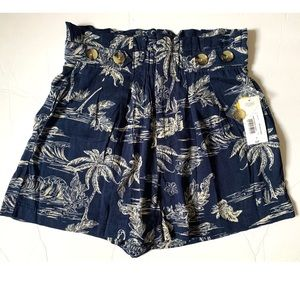 NWT a.n.a. High Waisted Shorts Size 4